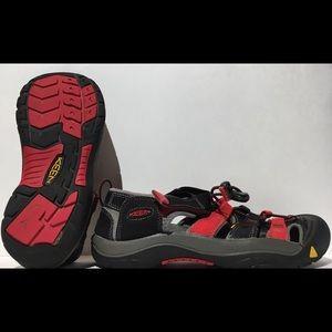 KEEN NEWPORT H2 Waterproof Hiking Sandals